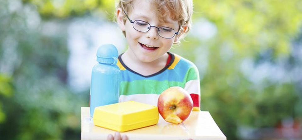 Crianças aprendem melhor após aula ao ar livre, diz estudo